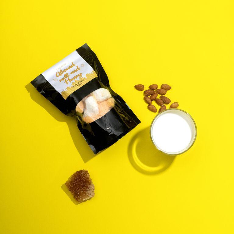 Микс для ванны CHAMBERY Almond Milk & Honey